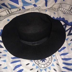 Black Floppy Sun Hat